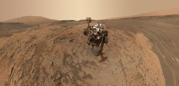 A rendering of Curiosity on Mars.